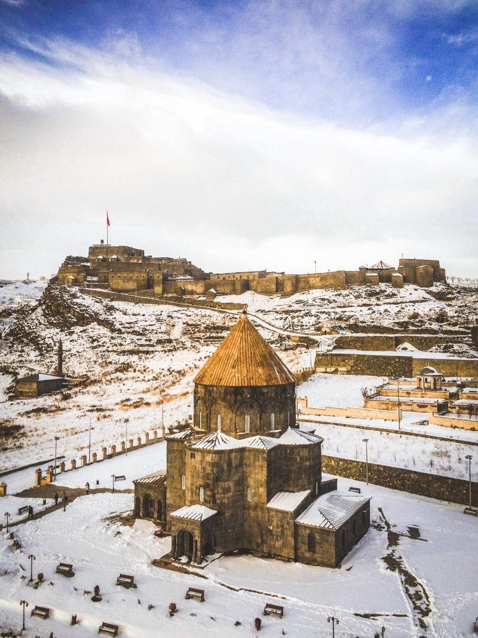 Kars Kalesi/Kümbet Camii